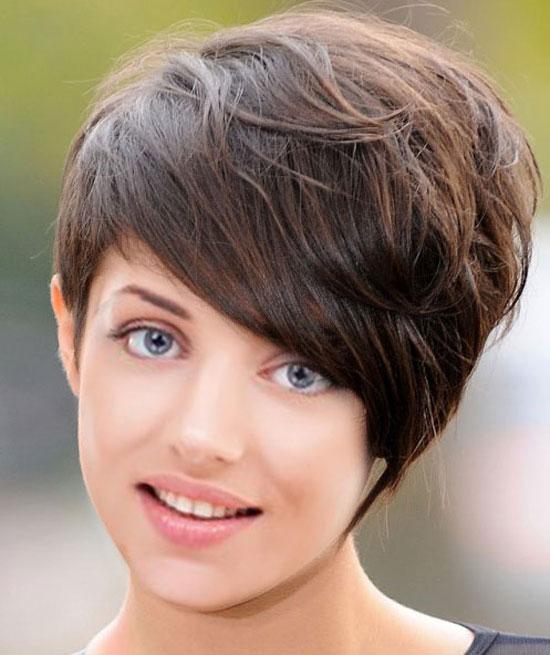 фото зачісок на середнє волосся
