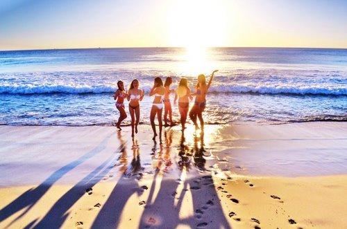 beach-beautiful-friends-girl-Favim.com-716250